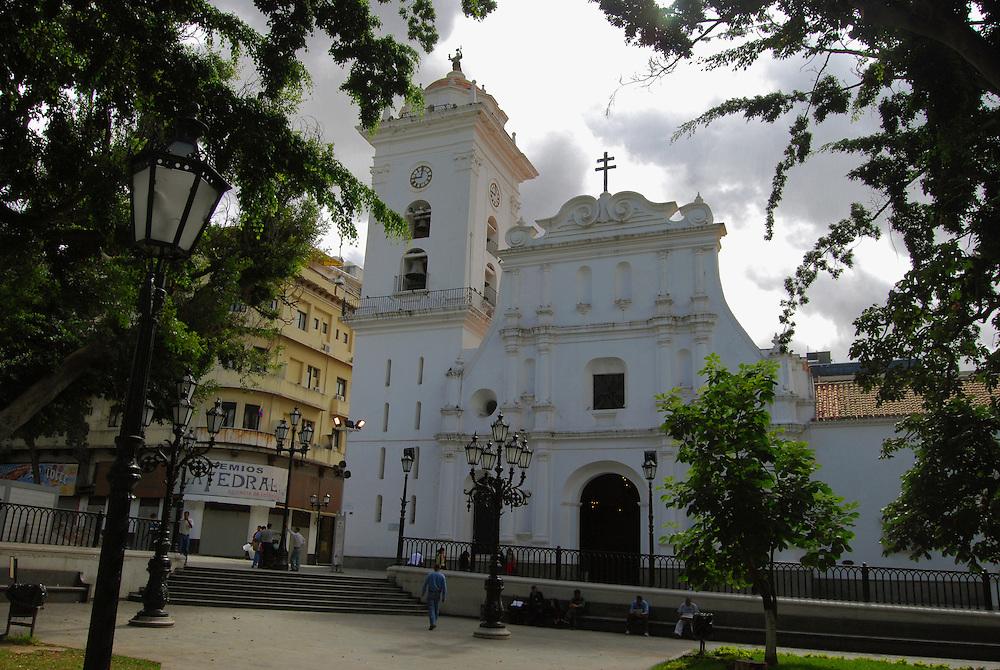 enano Catedral de Caracas